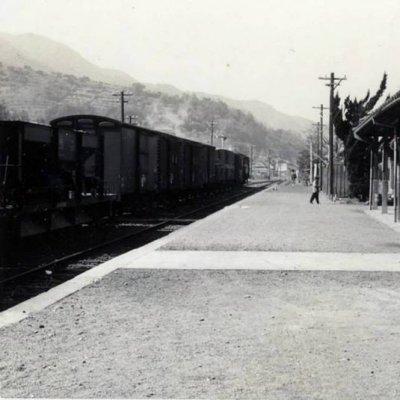 昭和39年JR網田駅ホームの写真